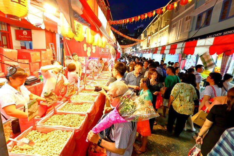 Nieuwjaar van de Chinatown van Singapore het Chinese Maan shoppin stock foto's