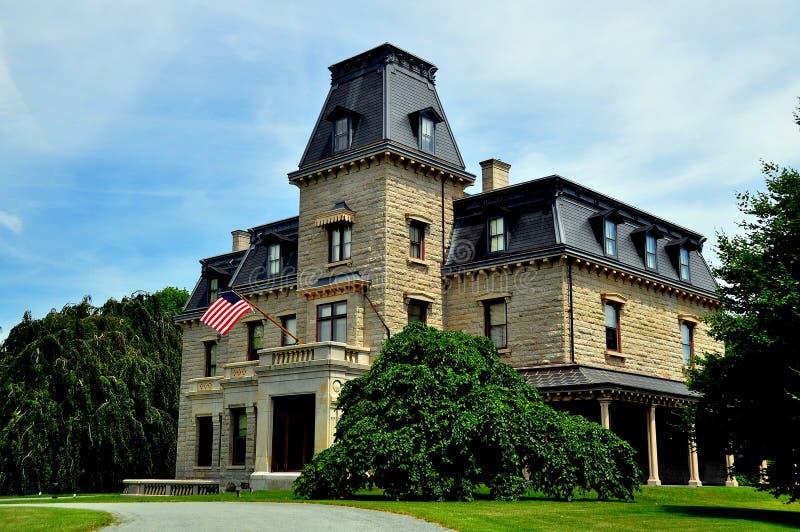 Nieuwpoort, RI: Herenhuis chateau-sur-MER royalty-vrije stock foto