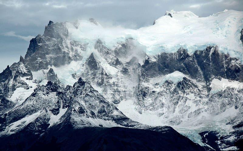 Nieve de la montaña de Torres fotos de archivo