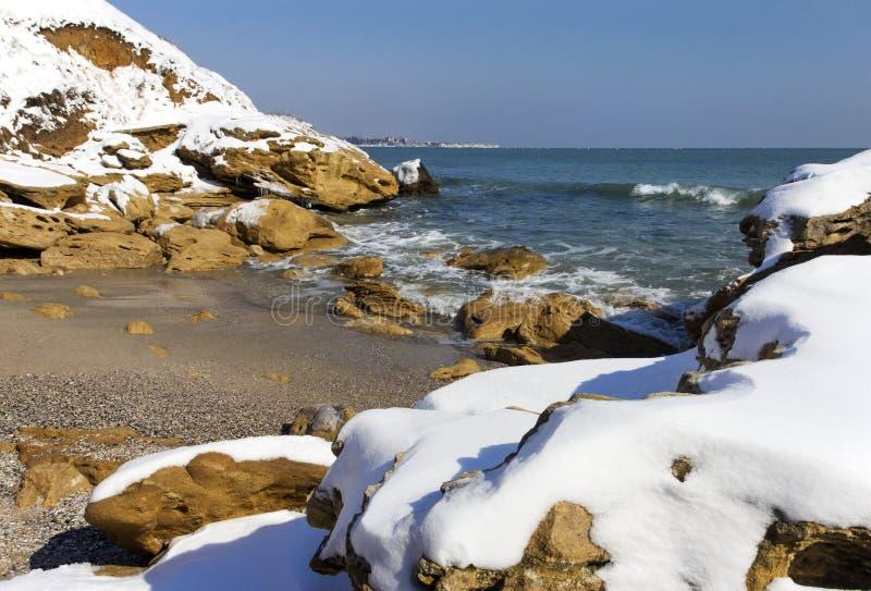 Nieve en el mar fotos de archivo