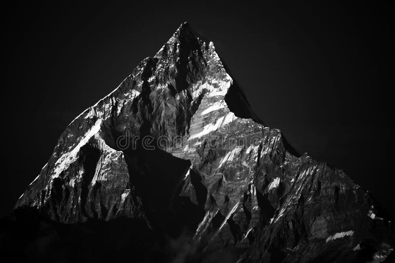 Nieve en la montaña de everest del pico de Himalaya imágenes de archivo libres de regalías