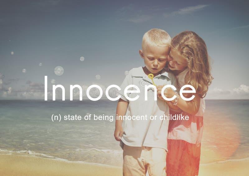 Niewinności Naiwny Innocent Żartuje Dziecięcego pojęcie zdjęcia stock