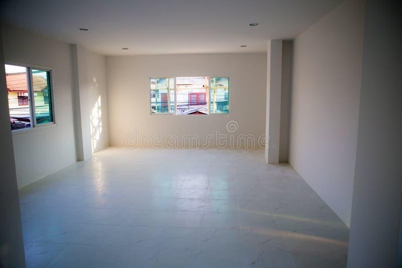 Niezupełny odnawi białego pokój bez okno, pusty biały pokój fotografia stock