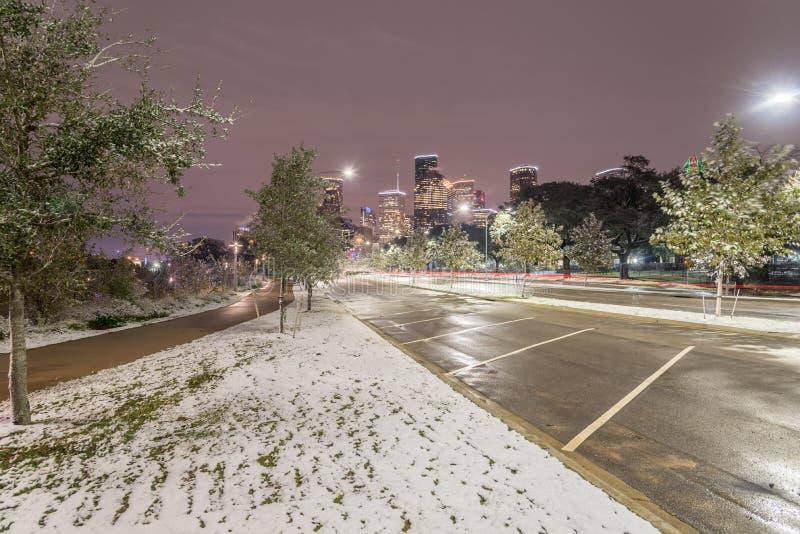 Niezwykły śnieg w W centrum Houston i opad śniegu przy Eleanor parkiem obraz royalty free