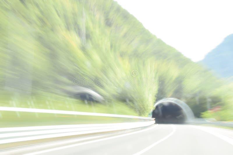 Niezwykle zamazany i defocused wizerunek inside tunel zdjęcia royalty free