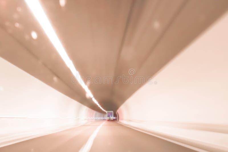 Niezwykle zamazany i defocused wizerunek tunel fotografia royalty free