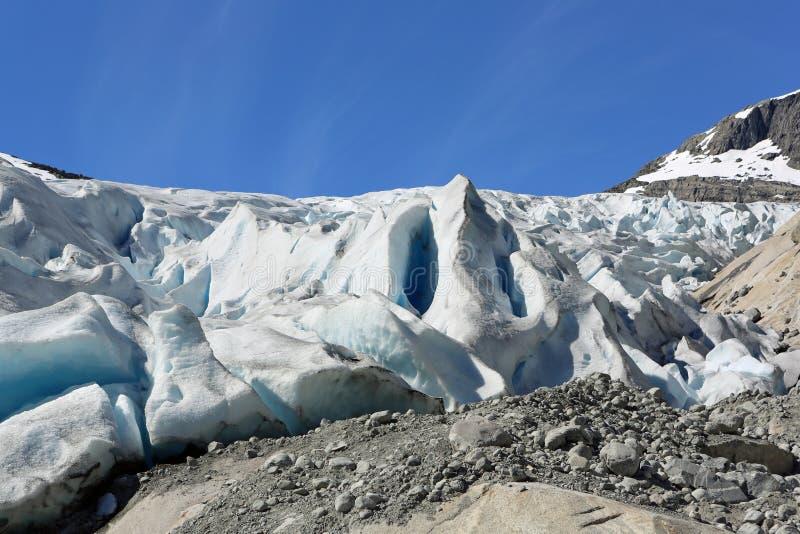 Nigardsbreen-Gletscher lizenzfreie stockfotos