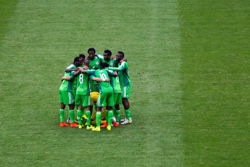 Nigeria-Team an der Fußball-Weltmeisterschaft Brasilien 2014 lizenzfreie stockbilder