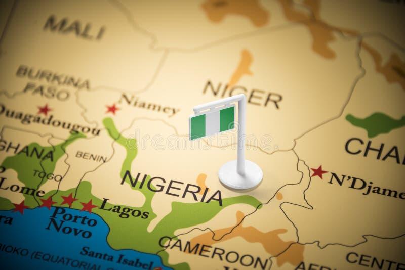 Nigeria zaznaczał z flagą na mapie zdjęcie stock