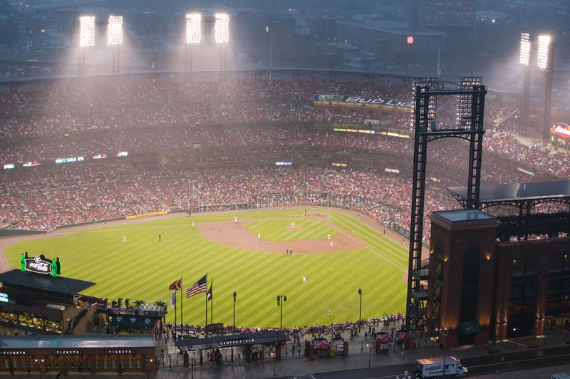 In a night game and a light rain mist, the Florida Marlins beat the 2006 World Series Champion baseball team, the St. Louis Cardin stock image