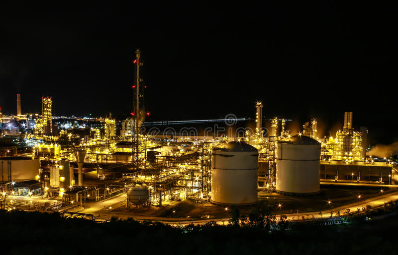 Download Night Scene Of Chemical Plant Stock Images - Image: 27043484