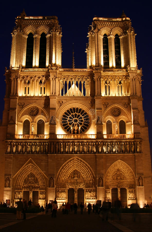 Download Night Scene At Notre Dame In Paris France Editorial Photography - Image: 15431592