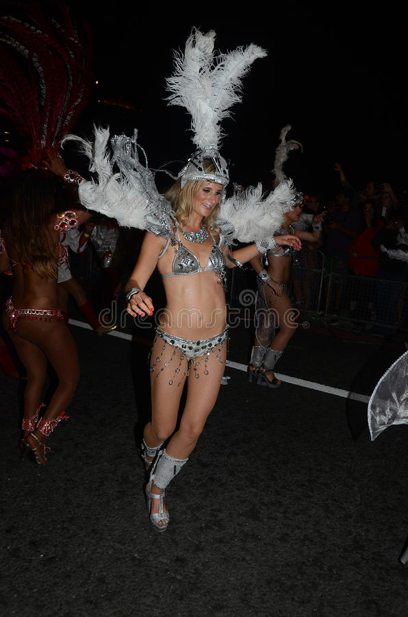 Download The Night Time Parade To Mark The End Of The River Thames Festiv Editorial Stock Photo - Image: 27131363