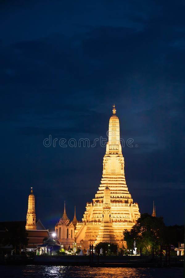 CSFOTO 10x8ft Thailand Bangkok Wat Arun Temple New Year Fireworks Celebrating Backdrop for Photography City Night Scene Cruise Ship River Background Audults Kids Portraits Vinyl Wallpaper