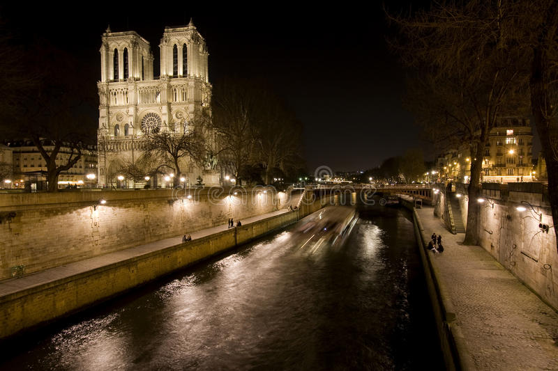Download Night View Of Notre Dame De Paris And Seine River Royalty Free Stock Photos - Image: 20182598