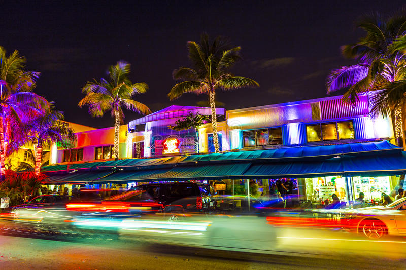 Download Night View At Ocean Drive In South Editorial Stock Photo - Image: 32843393