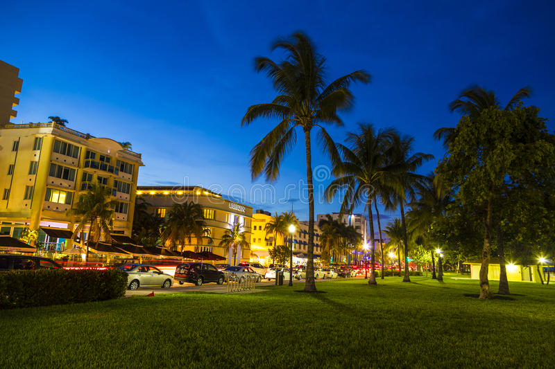 Download Night View At Ocean Drive In South Editorial Image - Image of landmark, deco: 32608095