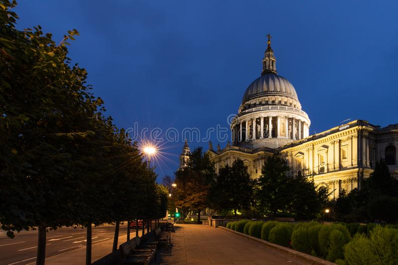 Night View of St.Paul`s Cathedral stock image