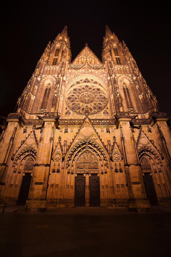 Night View Of  St. Vitus Cathedral In Prague Stock Photos