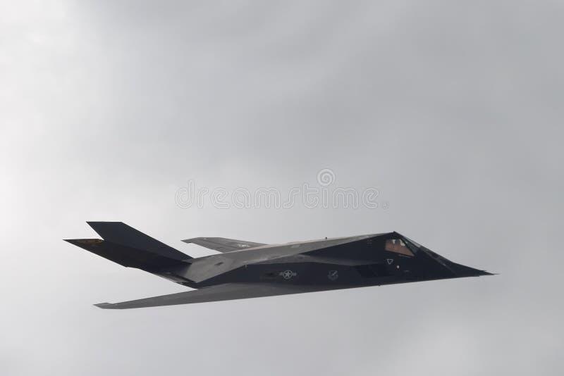 Nighthawk F-117 (aka Heimlichkeit-Kämpfer) lizenzfreies stockfoto