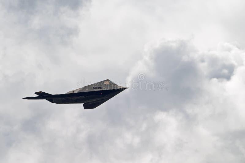 Nighthawk F-117 (aka Heimlichkeit-Kämpfer) lizenzfreies stockbild