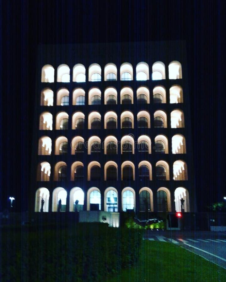 Nightphotography icónico del edificio de la prueba patrón de Roma EUR imagen de archivo libre de regalías