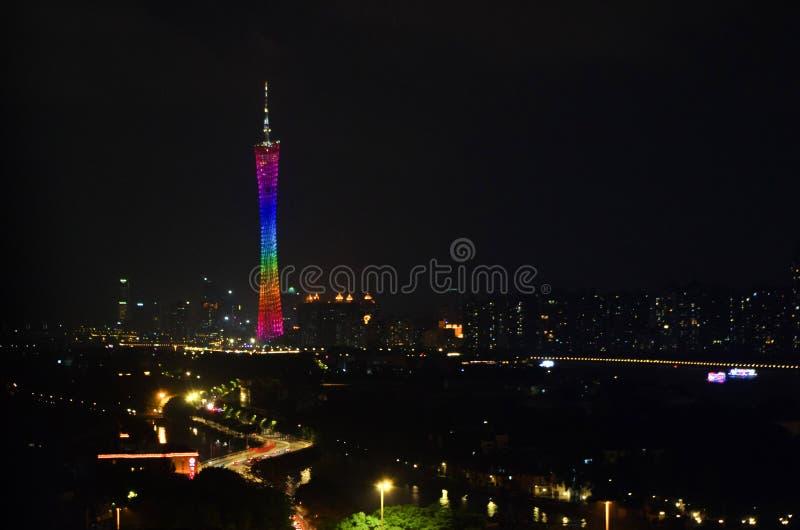 Nightscape av Guangzhou, kantontorn royaltyfri bild