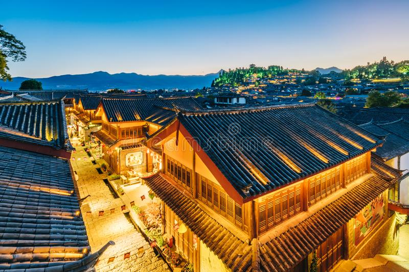 Nightscape de ville antique de Dayan, Lijiang, Yunnan, Chine photo libre de droits