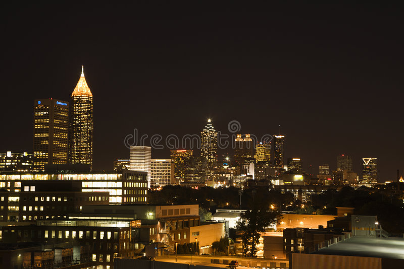 Nightscape von Atlanta lizenzfreie stockfotos
