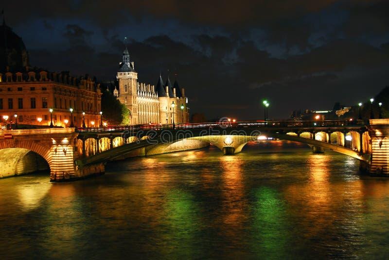 nighttime paris royaltyfria bilder