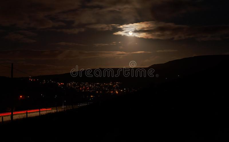 Nighttime podejście Marsden nad Standedge obrazy royalty free