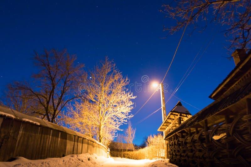 Nighttime w wiosce fotografia stock