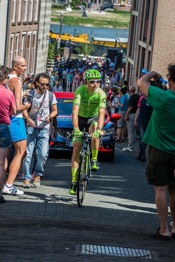 Nijmegen, holandie Maj 8, 2016; Davide Formolo fachowy cyklista podczas przeniesienia zdjęcie stock