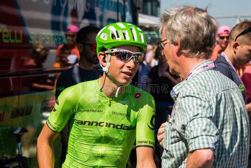 Nijmegen, Nederland 8 Mei, 2016; De professionele fietser van Davide Formolo tijdens een gesprek stock afbeeldingen