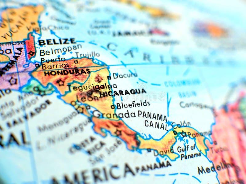 Nikaragua ostrości makro- strzał na kuli ziemskiej mapie dla podróż blogów, ogólnospołecznych środków, strona internetowa sztanda obrazy royalty free