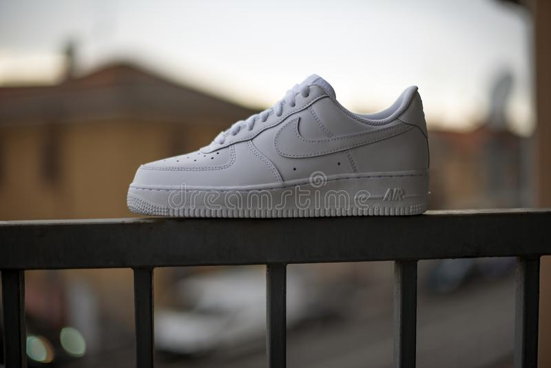 Nike Air Force One imagenes de archivo