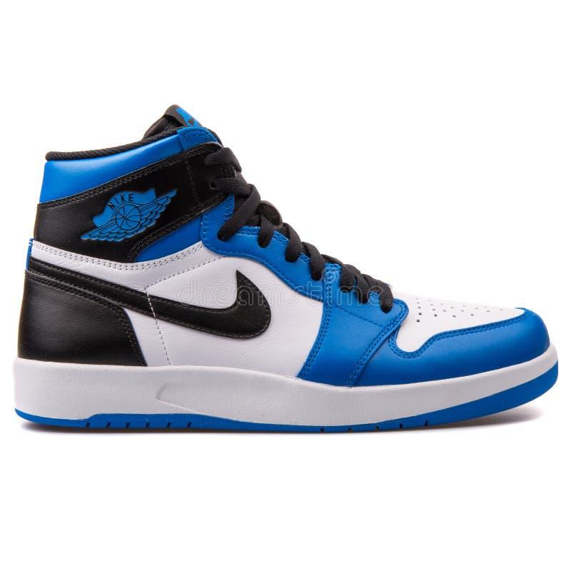 air jordan 1 bleu noir et blanc