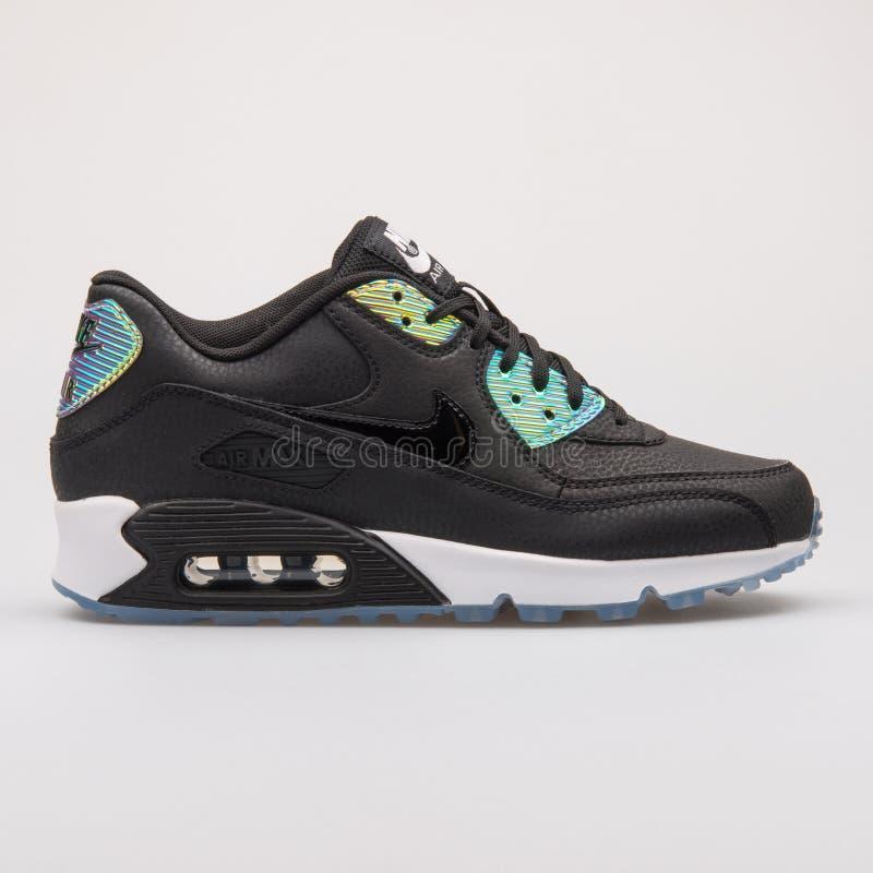 Nike Air Max 90 sapatilhas superiores pretas e da platina imagens de stock royalty free