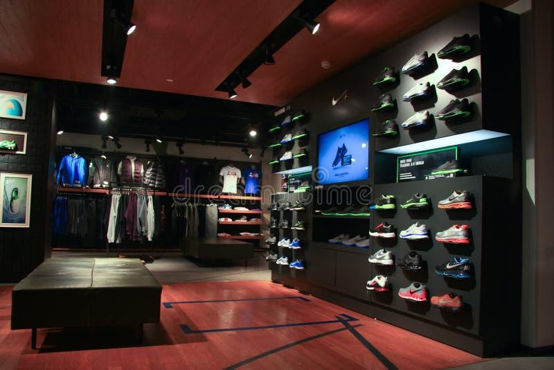 Nike armazena fotografia de stock