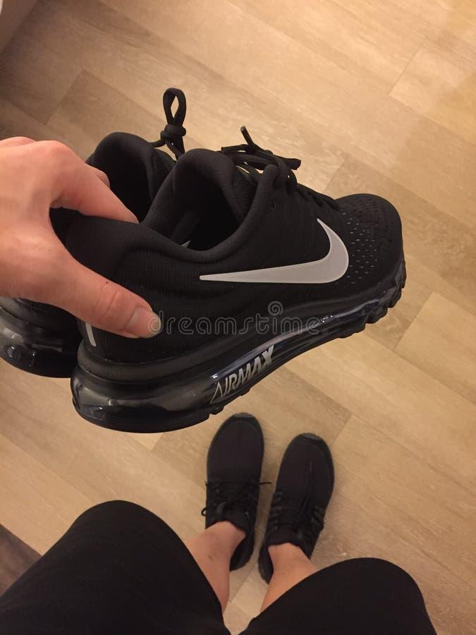 Nike o Adidas fotografie stock