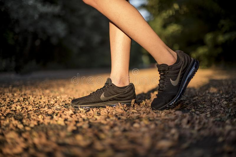 Nike Performance royaltyfria bilder