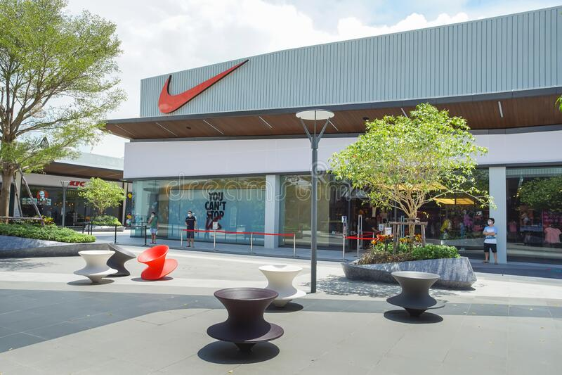 escarabajo Won dar a entender  1,461 Nike Shop Photos - Free & Royalty-Free Stock Photos from Dreamstime