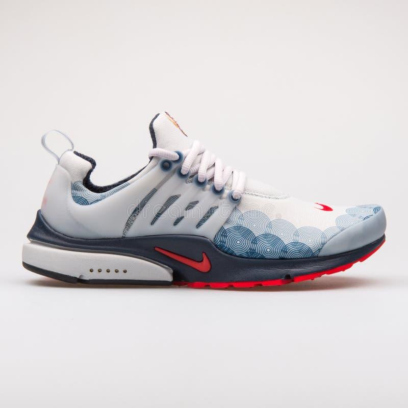 Nike Wietrzy Presto GPX popielaty, błękitny i czerwony tenisówka, zdjęcie stock