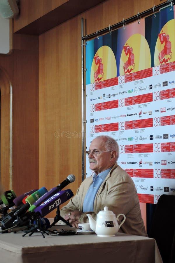 Nikita Mikhalkov przy konferencją prasową 39th Moskwa Międzynarodowy Ekranowy festiwal obraz stock