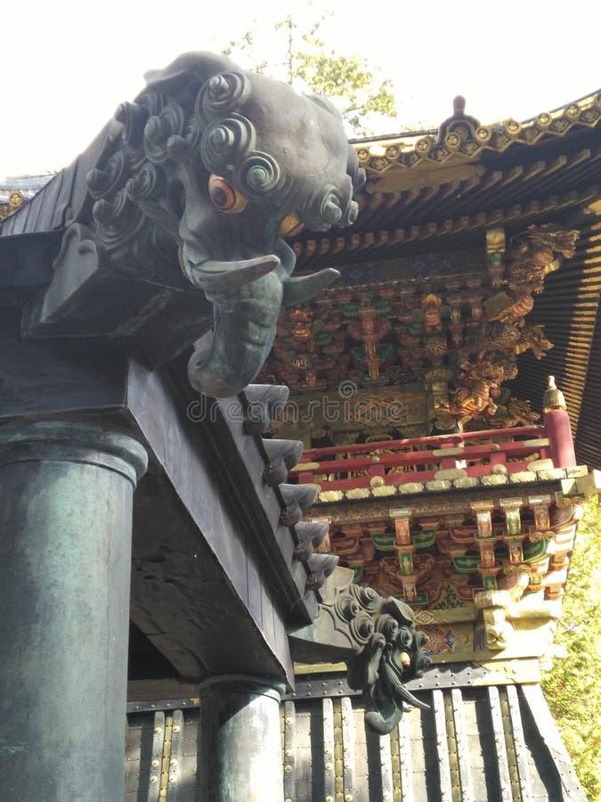Nikko drakeelefant i tempel royaltyfri fotografi