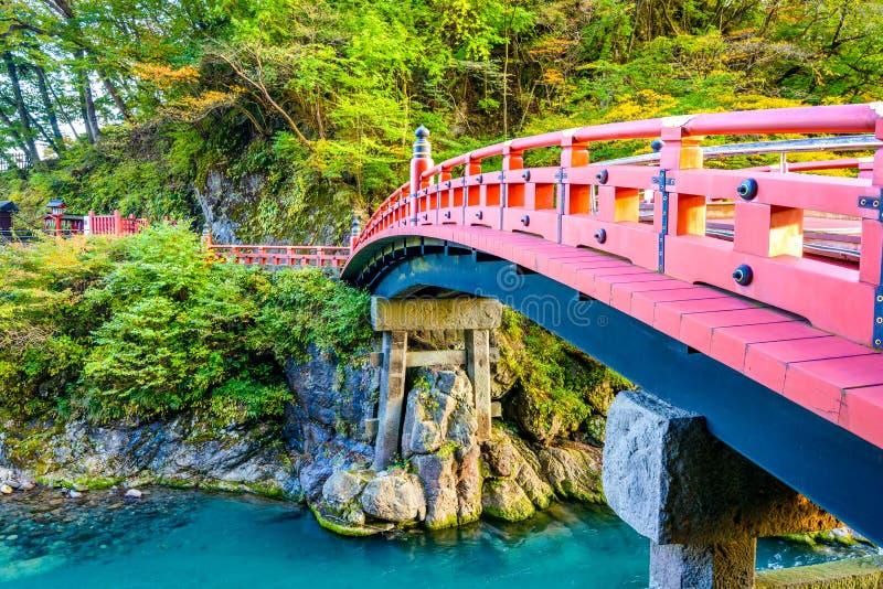 Nikko Japan på den Shinkyo bron arkivbilder