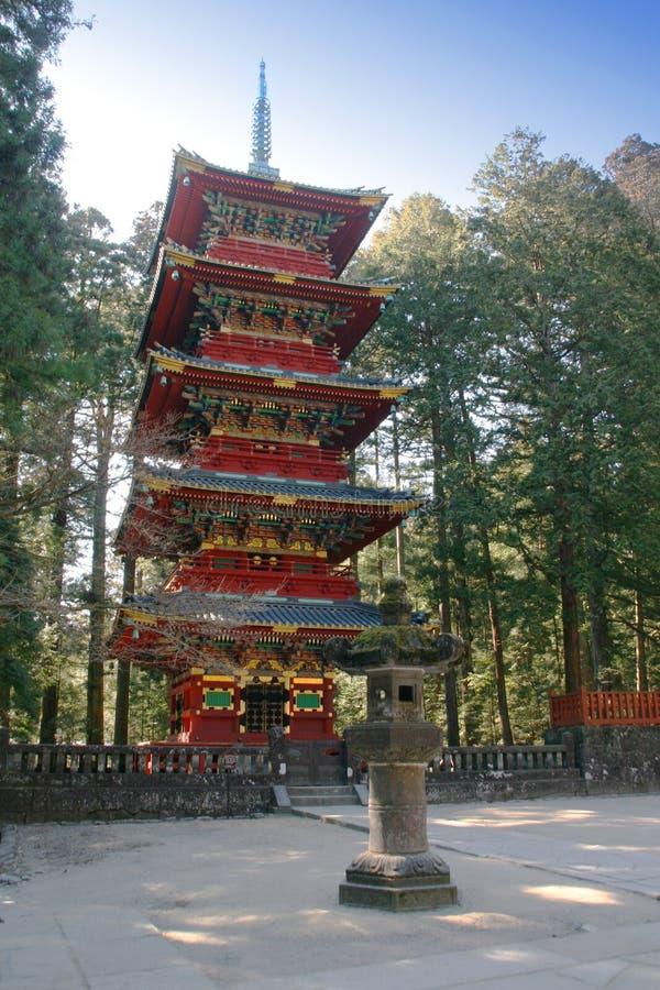 nikko pagoda royaltyfri bild