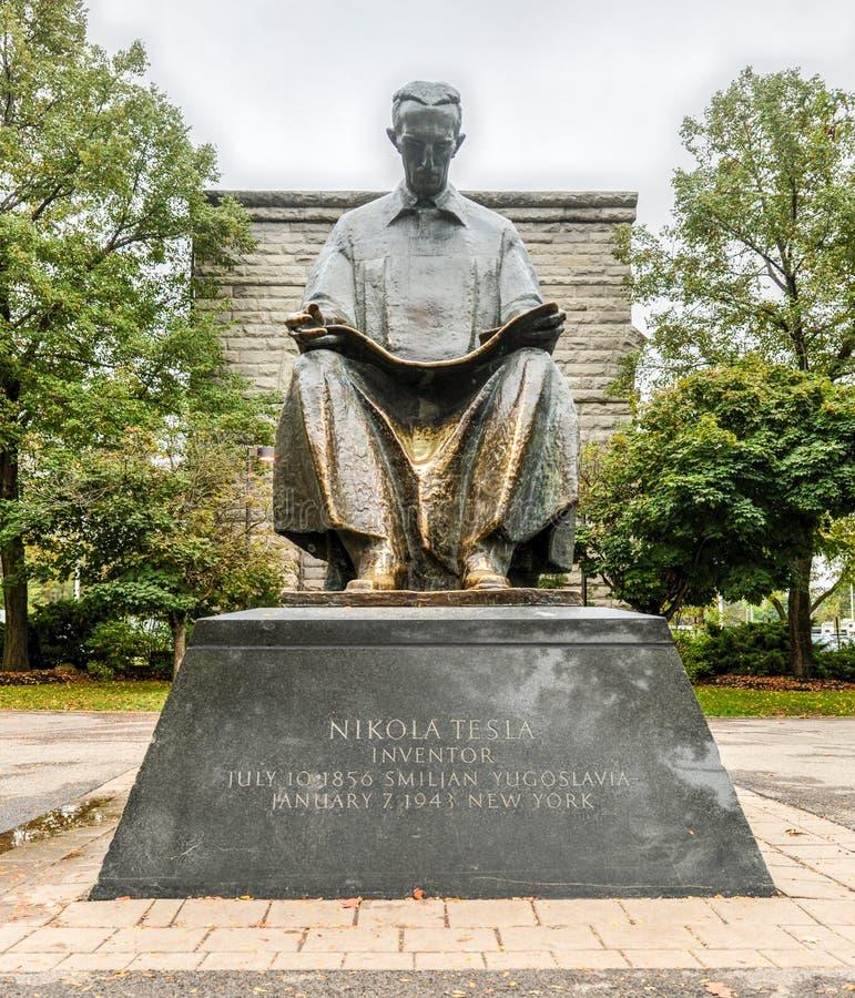 Nikola Tesla zabytek - Niagara spadki, Nowy Jork obraz royalty free