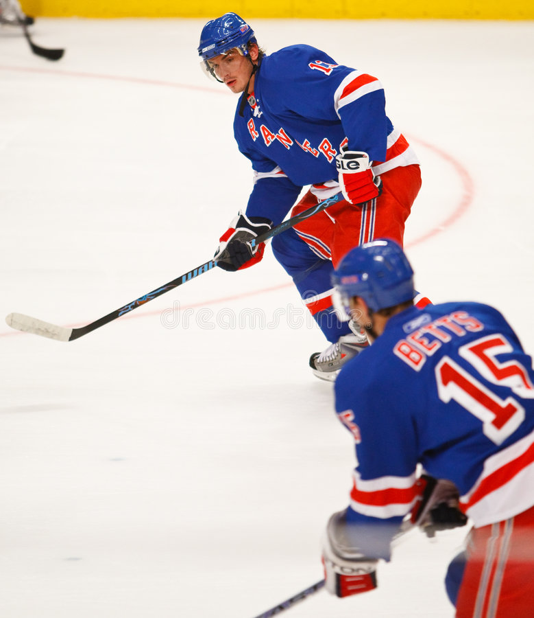 Nikolai Zherdev. NY Rangers, awaits a pass from teammate Blar Betts during a game against the NJ Devils stock photos