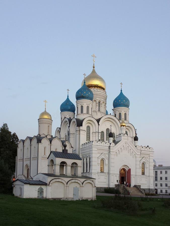 Nikolo Ugreshsky kloster betyder den grundade domkyrkafabriken 1824 yakovlev för transfiguration för stenen för nevyanskägare pya arkivfoto